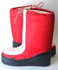 Authentic Vintage Moon Boots Made in Canada Size 8