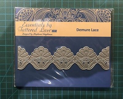 Tattered Lace Waterfall Bow 465941 Cutting die