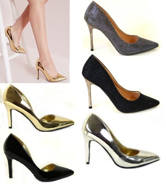 Classic Black Court Shoes With Small