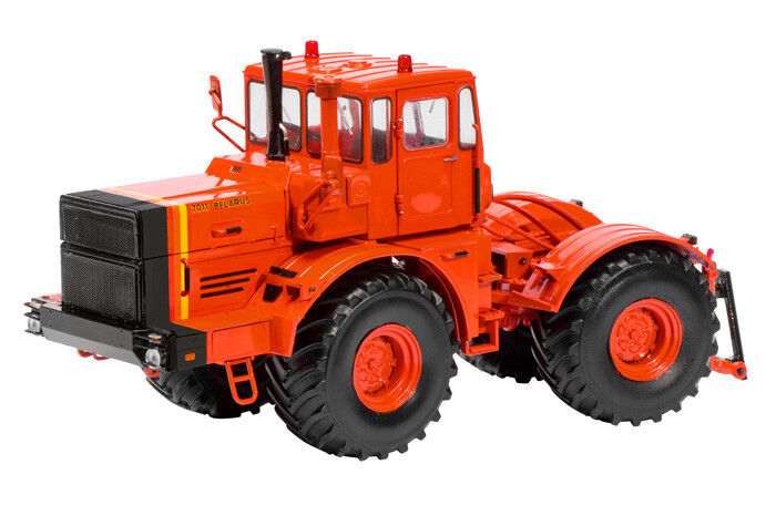 Schuco 07716 - 1 32 Belarus 7011 Traktor - Orange - Neu  | Luxus