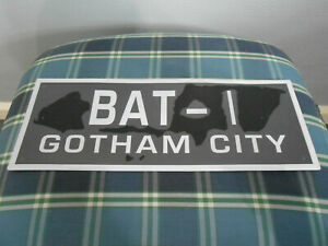 Eaglemoss-Batman-Automobilia-Subscriber-Special-Tin-Number-Plate-034-BAT-1-034-Rare