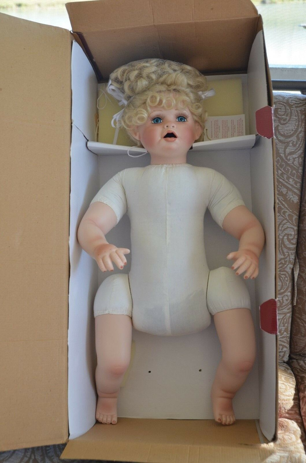 bambino ALICE 24  Porcelain bambola by Treasurosso Heirloom Collection  Signed Numberosso  disponibile