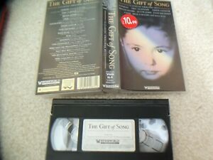 THE-GIFT-OF-SONG-COMPILATION-VHS-15-TRACK-JUST-4