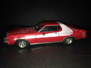 Ford-Gran-Torino-Starsky-amp-Hutch-Umbau-Diorama-Scheunenfund-Unfall-Custom-1-18