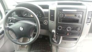 2007 Dodge Sprinter WHEELCHAIR ACCESSIBLE VAN, EX-RED CROSS VAN
