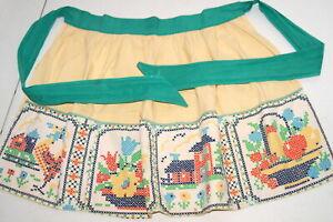 Vtg-Apron-Cross-Stitch-Print-House-Rooster-Fruit-Basket-Green-Yellow-Farm-House