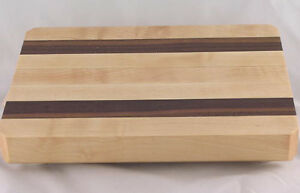 the vermont butcher block maple walnut cutting board 10 quot x