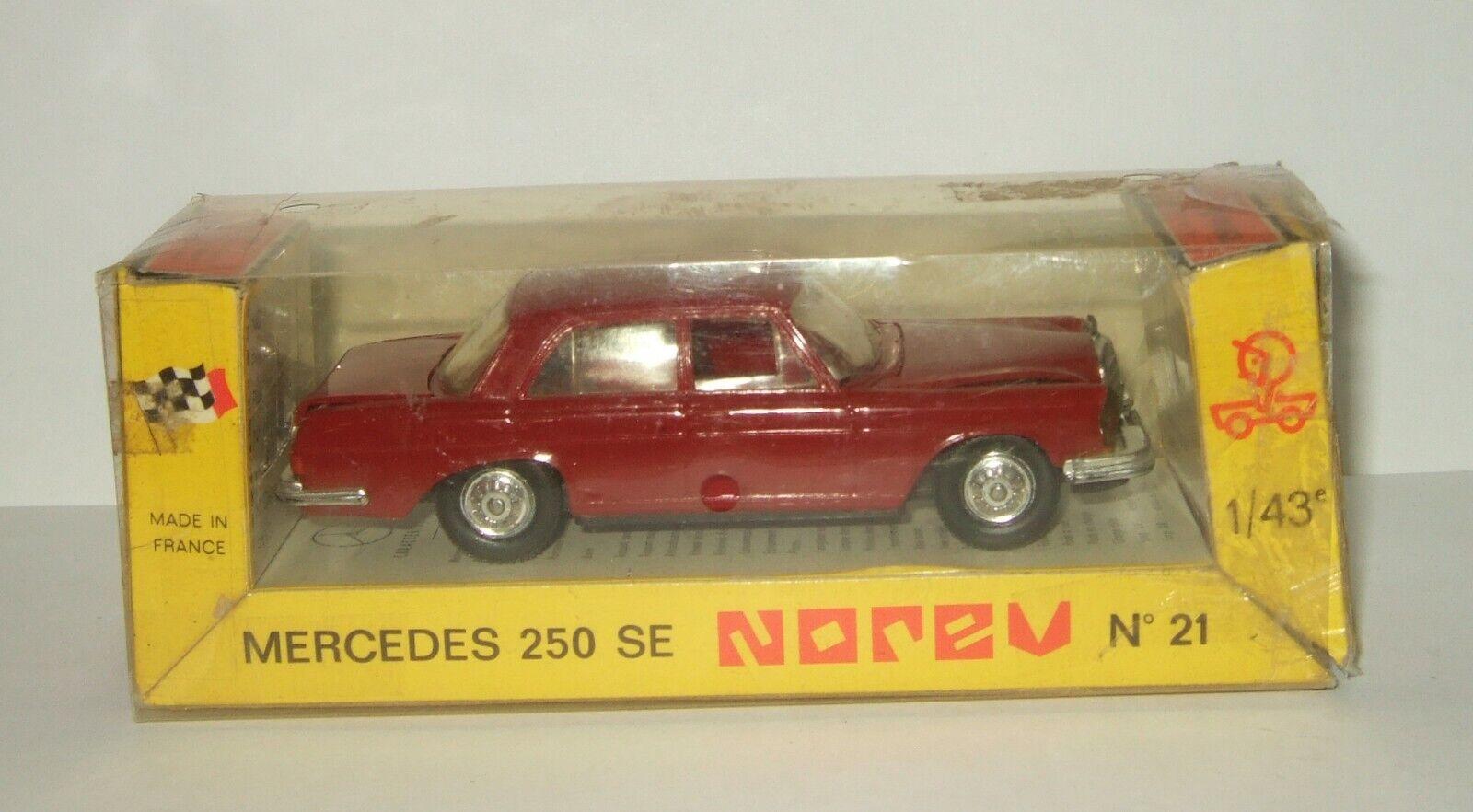 Venta 1 43 Norev Mercedes Benz 250 se W111 W112 1966 Hecho En Francia Raro