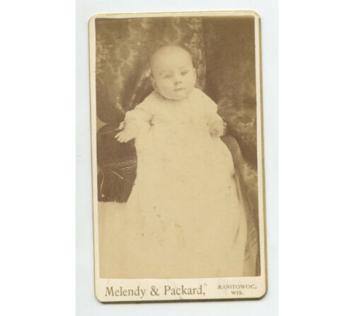 CDV STUDIO PORTRAIT BY MELENDY, CUTE BABY FROM MANITOWOC, WISCONSIN