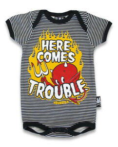 BABY-ROMPER-HERE-COMES-TROUBLE-DEVIL-ROCKABILLY-GIFT-BABY-SHOWER-SIX-BUNNIES