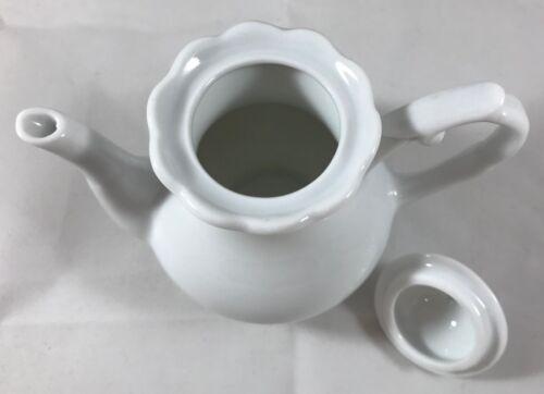 Mini Coffee Pots s /& Lids Fancy White Porcelain Child's Tea Set or Condiments