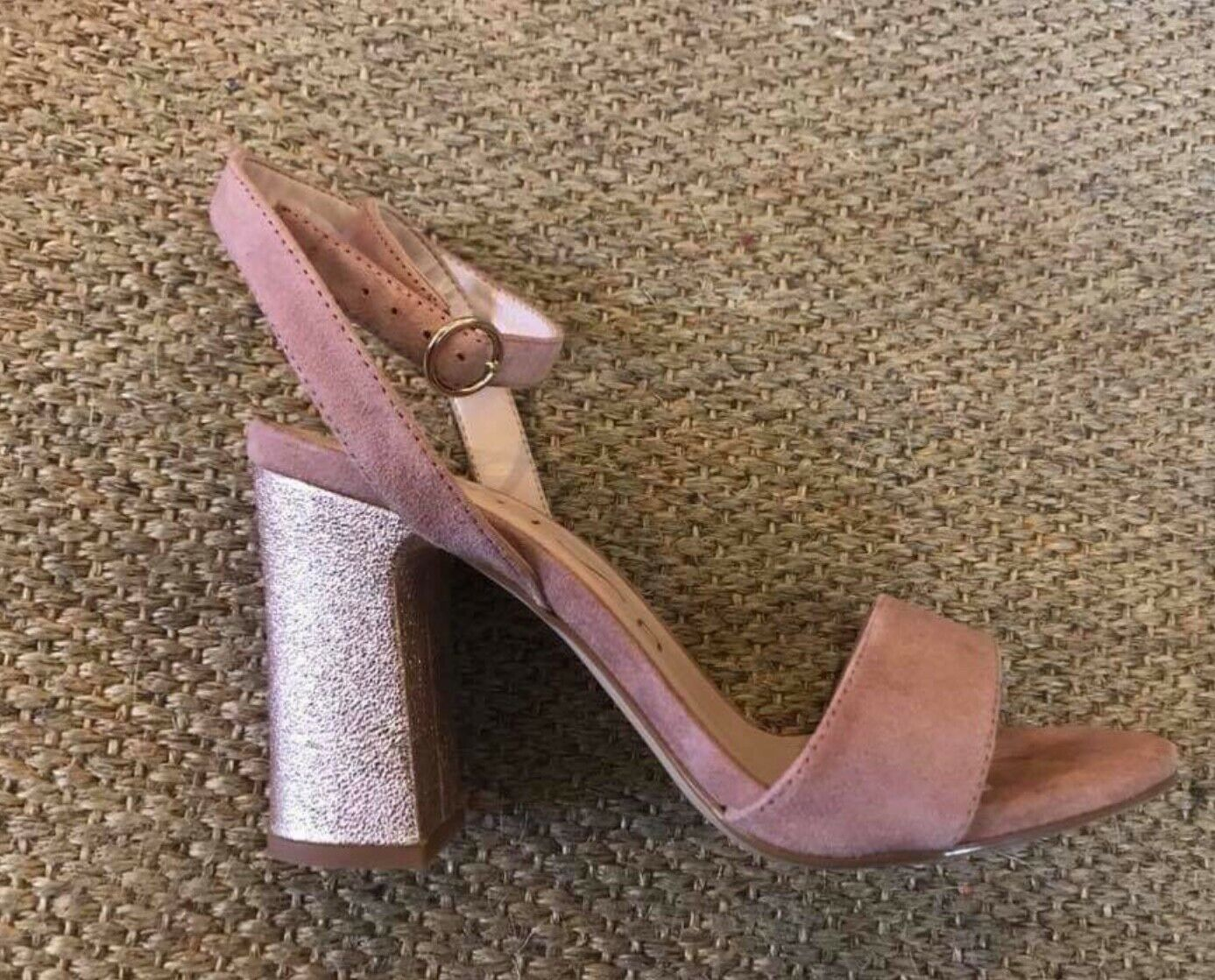 New super comfy suede leather nude pink gold unisa sandals size 39  uk 6