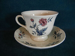 Wedgwood-Williamsburg-Potpourri-Cup-and-Saucer-Set-s
