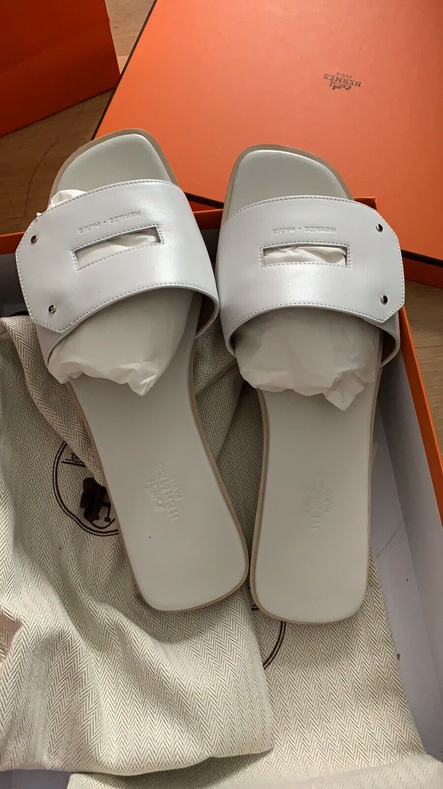 Brand New Authentic Hermes View Sandals White EUR 38 US 8