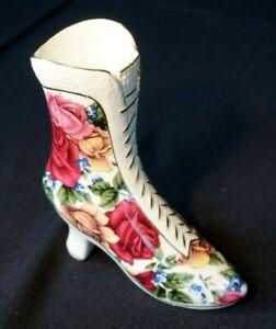 Vintage-Season-Collection-Rose-decor-Boot-Vase