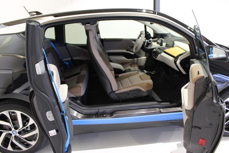 BMW i3 aut. El aut. Automatgear modelår 2019 km 8000 Sort