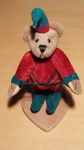 "Lisa Lloyd Little Gem Bear ""Elfie"""