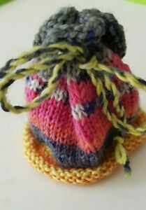 New-Knitted-Hat-With-Ear-Holes-For-Approx-7-7-8-9-13-16in-Bears
