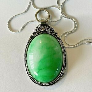 VINTAGE EXTRA LARGE WIDE GREEN JADE MIAO SILVER AMULET PENDANT SILVER NECKLACE