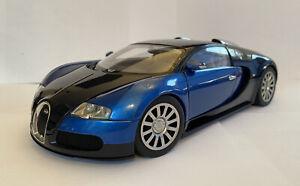 1-18-Autoart-Auto-Arte-Bugatti-Veyron-Coche-de-produccion-de-16-4-Azul-negro-menta-y-encajonado