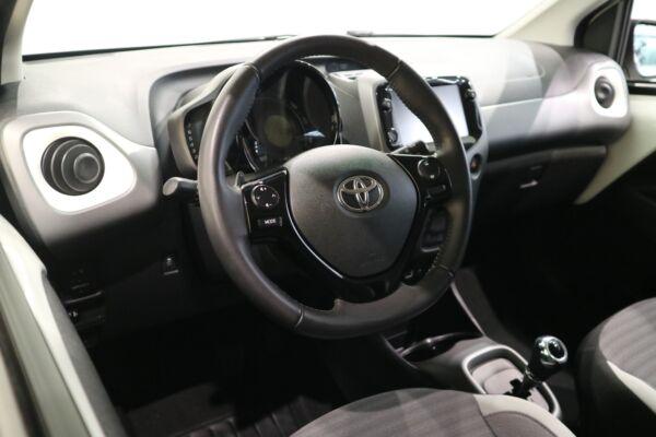 Toyota Aygo 1,0 VVT-i x-pression x-shift billede 9