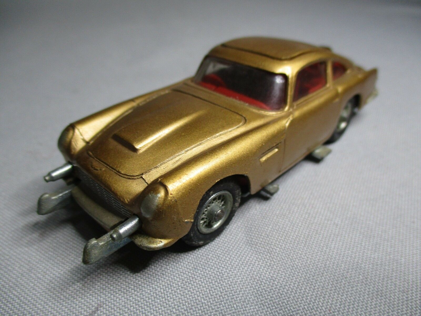 TA460 CORGI TOYS JAMES BOND ASTON MARTIN DB5 007 Ref 261 1 43 BEL ETAT D'ORIGINE