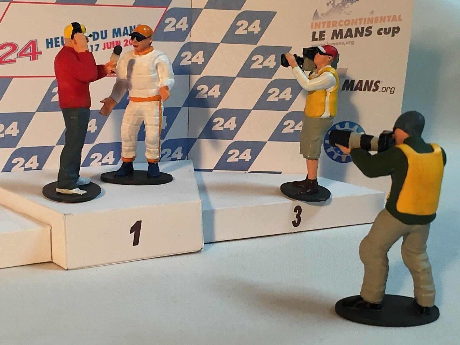 Scalextric Figures New High Detail Resin 3d Printed models 1 32 .