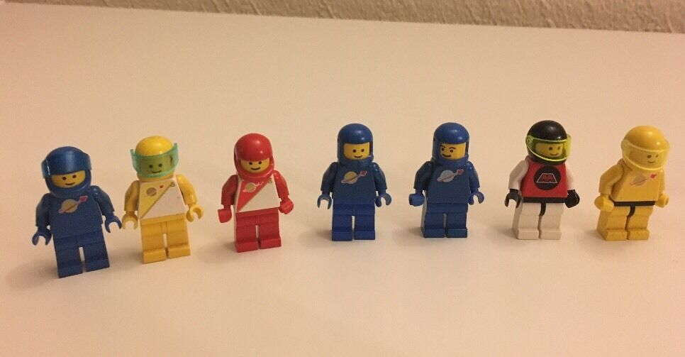 Lego - 7 Space Mini figures