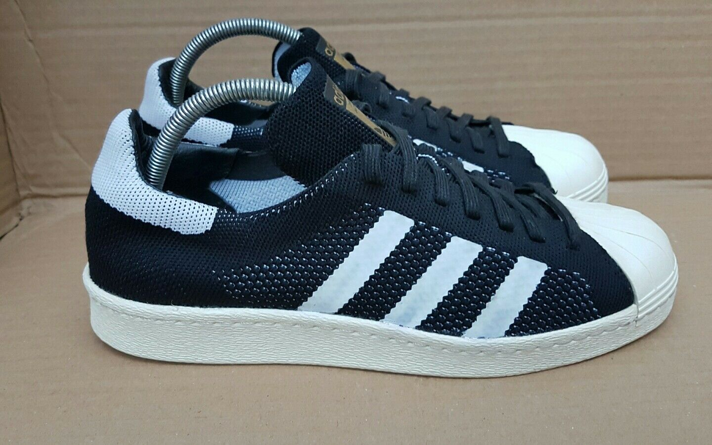 ADIDAS SUPERSTAR EDITION 80's PRIME KNIT BLACK AND WEISS LIMITED EDITION SUPERSTAR SIZE 5 UK 996a83