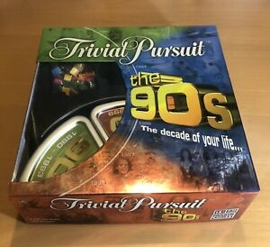 TRIVIAL-PURSUIT-The-90-039-s-COMPLETE-Parker-Hasbro-Trivia-Board-Game