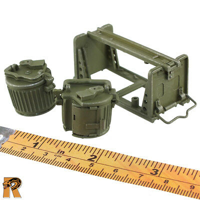 Ammo Drums /& Carrier 1//6 Scale Egon MG34 Gunner DID Action Figures