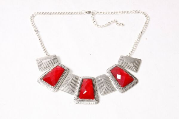 Beautiful Celtic Style Ladies Vintage Silver Necklace With Red Gemstones (t208) Attraktive Designs;