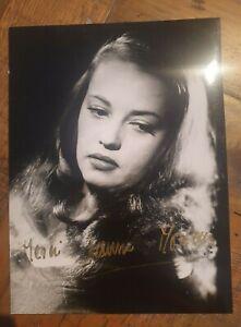 Autographe Jeanne MOREAU photo signée dédicace
