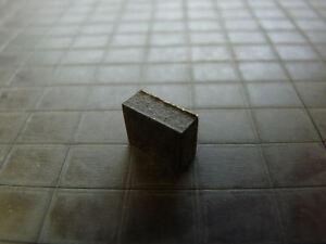 Lot-de-16-pieds-adhesifs-noir-8-x-10-mm-epaisseur-4-mm