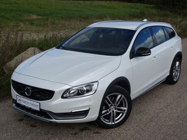 Volvo V60 CC 2,0 D4 190 Momentum aut. - billede 1