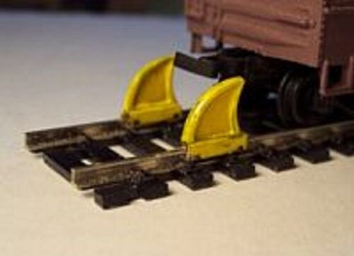 NEW KIT Osborn Models HO Gauge      ROAD BARRICADES Set of 8 RRA1040