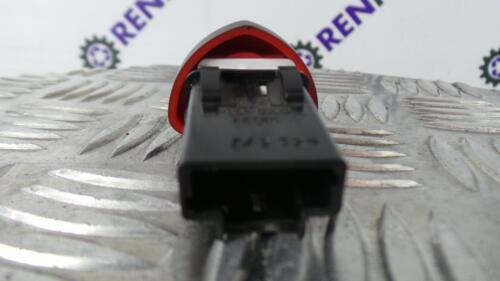 Renault Clio II PH2 2001-2006 Hazard Warning Switch