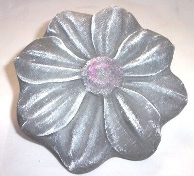 Flower daisy mold bee stepping stone concrete plaster mold garden mould