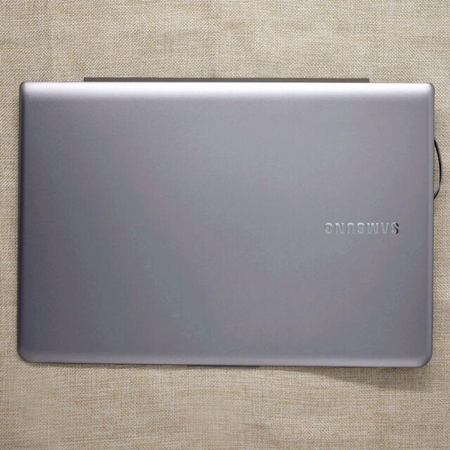 NEW Silver NP535U3C NP530U3C NP530U3B LCD Back Cover BA75-03709G For Samsung