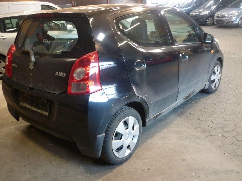 Suzuki Alto 1,0 GL Aircon Benzin modelår 2010 km 207000 Sort