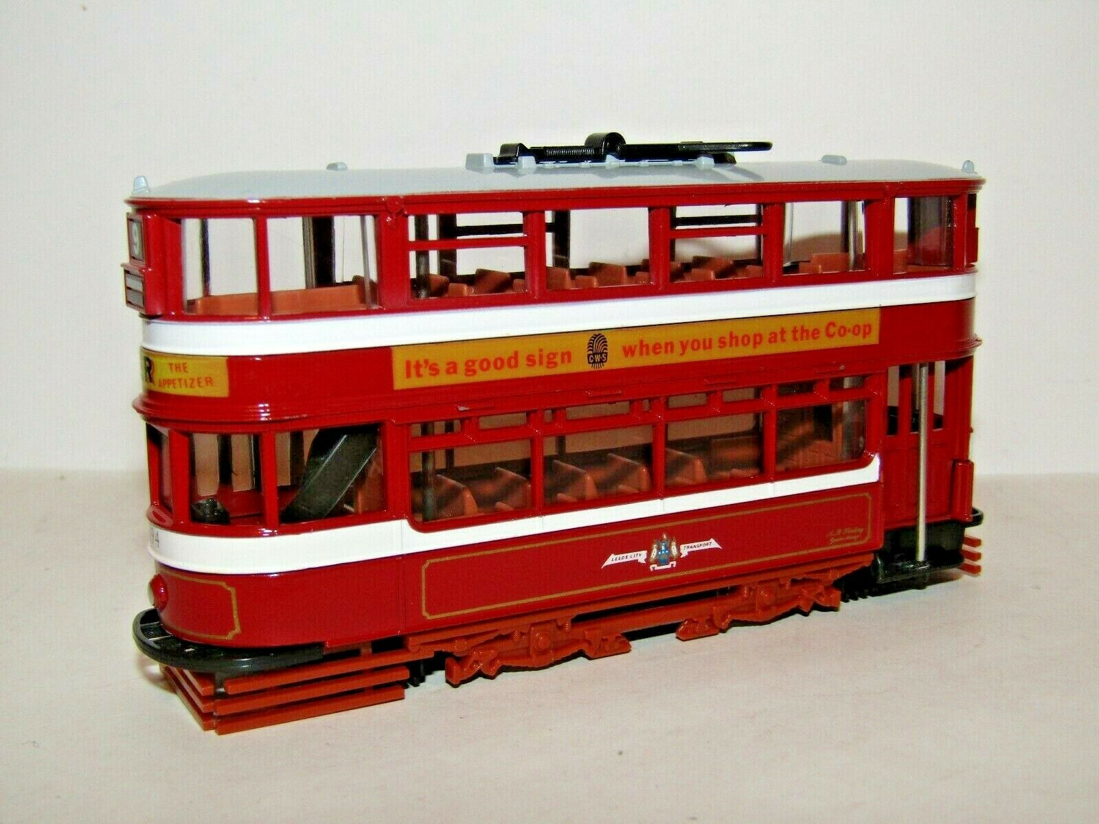 EFE LEEDS HORSFIELD TRAM LEEDS CITY TRANSPORT ROUTE 9 BROWN CHASSIS 1 76 13402A