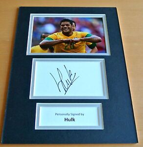 Hulk-SIGNED-autograph-A4-Photo-Mount-Display-Brazil-Football-Memorabilia-amp-COA