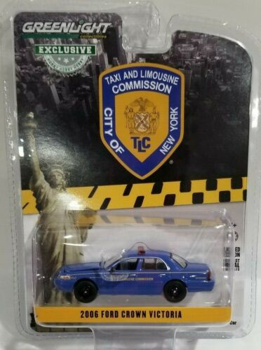 2006 Ford Crown Victoria 1//64 NYC Taxi /& Limousine Commission Greenlight