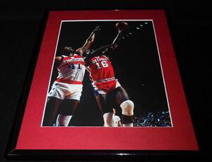 Bob-Lanier-Framed-11x14-Photo-Display-Pistons-vs-Bullets