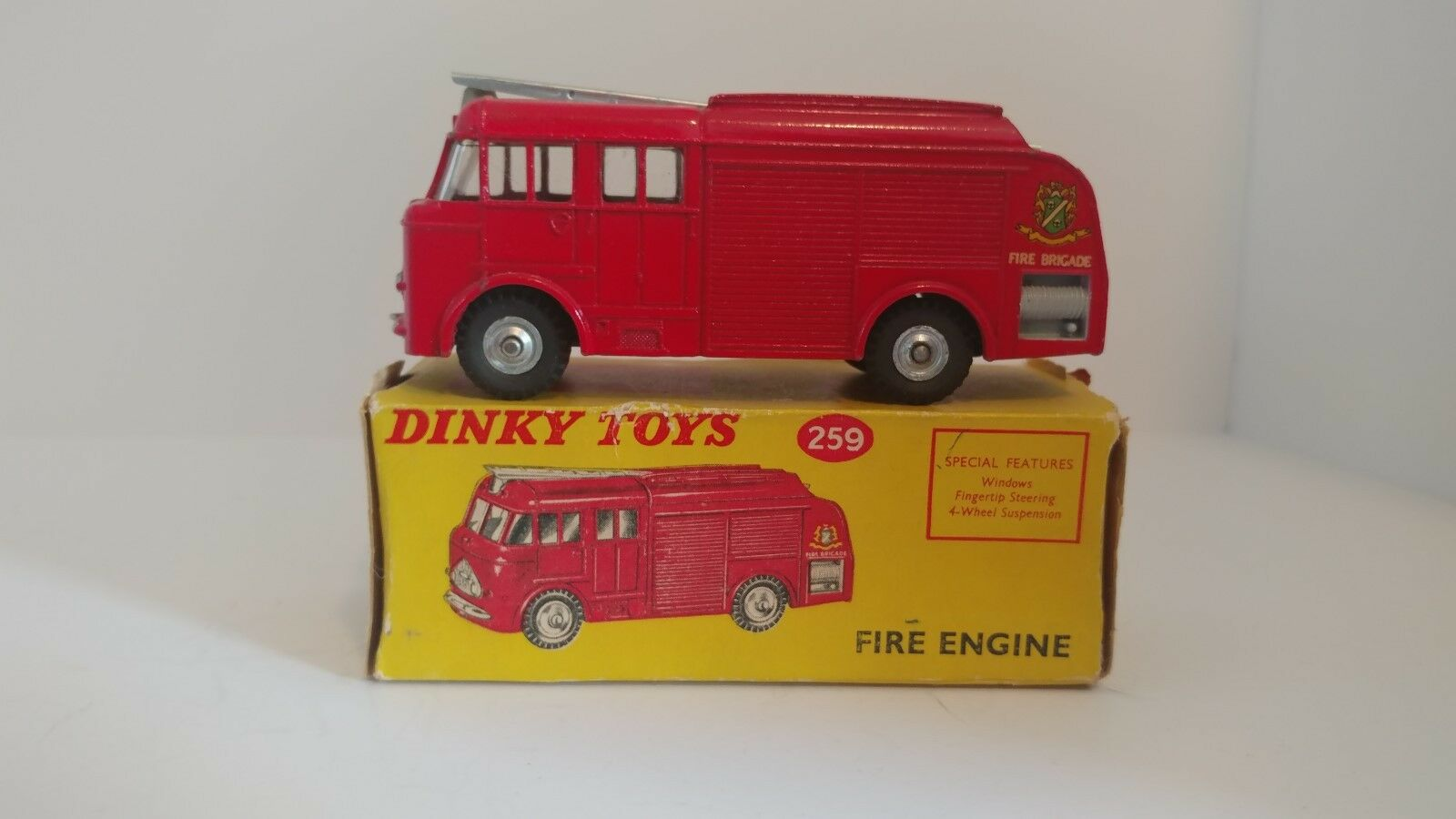 Dinky 259 Bedford Fire Engine 1961-1969 With Box Red Vintage Used Original
