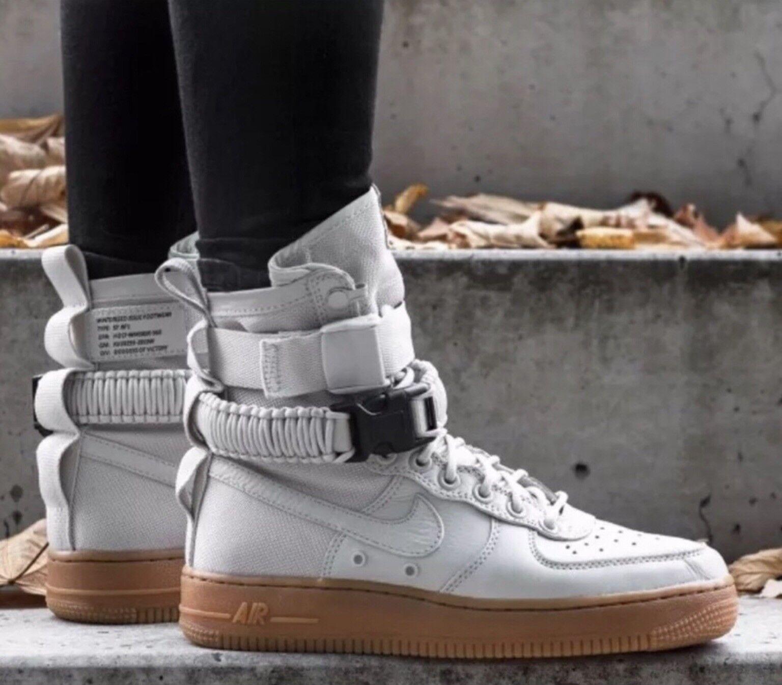 NWT Nike SF AF1 scarpe da  ginnastica stivali Light Bone 35557872004, Sz 10.5 Donne  la migliore selezione di