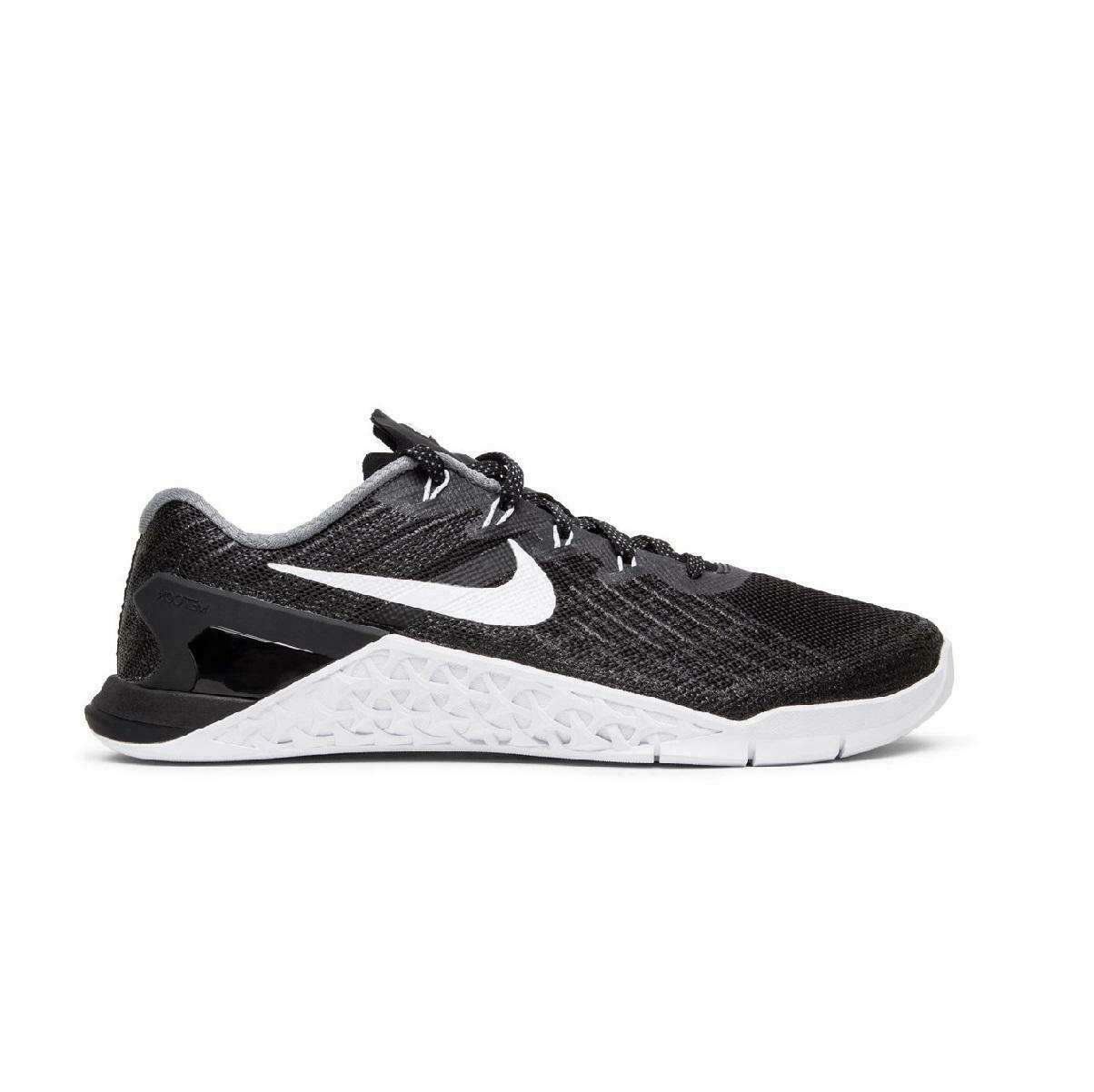 Womens NIKE METCON 3 Black Training Trainers 849807 001