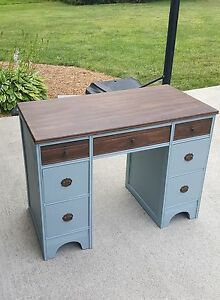 Desk Refinished With Chalk Paint