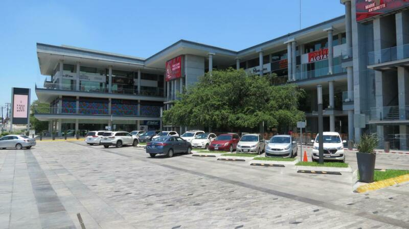 RENTA LOCAL COMERCIAL AAA PLAZA MONTERREY  GUADALUPE CONTRY