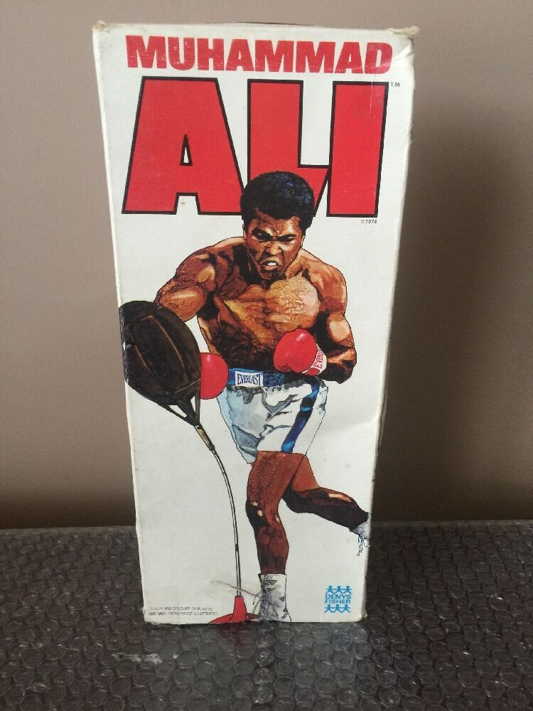 1976 Denys Fisher Mego Muhammad Ali SUPER RARE Weiß BOX   Holy Grail